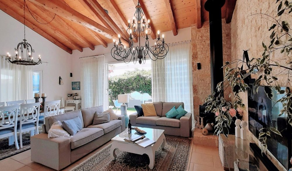 5-living-room-1-roula-rouva-corfu-real-estate