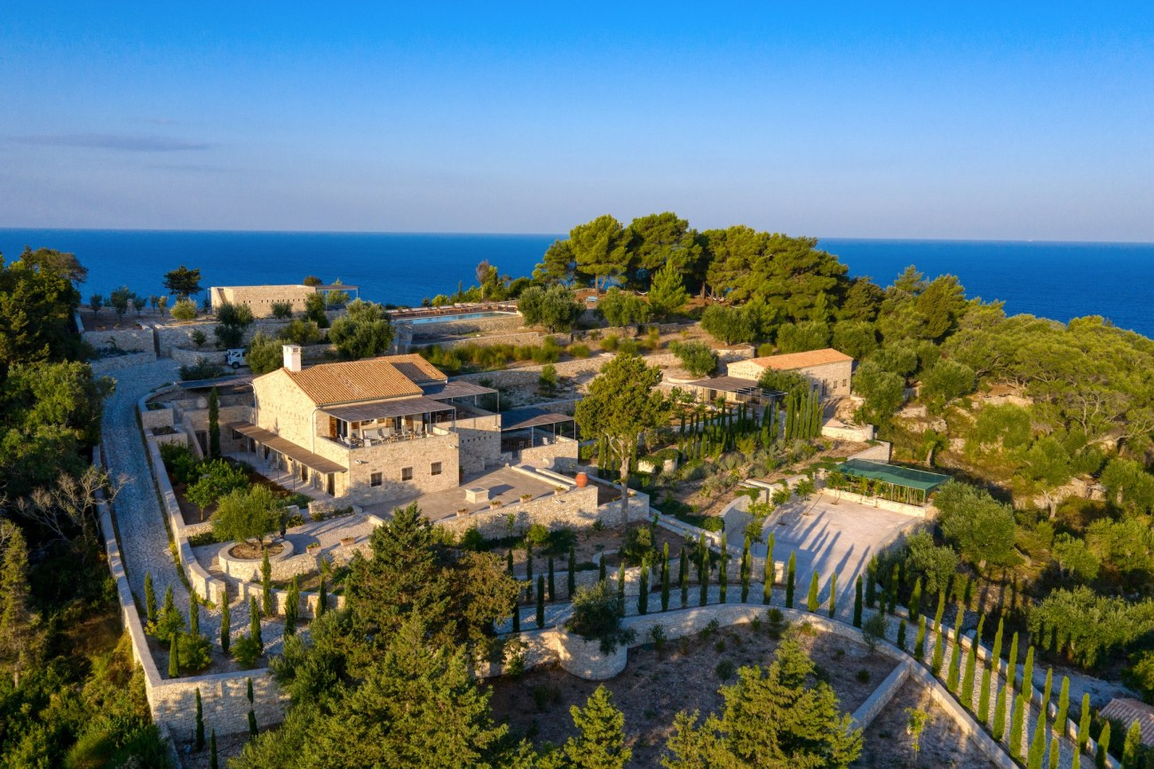 greece-sothebys-international-realty-electra-paxos-19-2019-11-20-10-43-03-672331-2-roula-rouva-corfu-real-estate